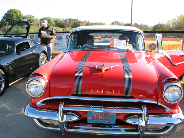 /pictures/Car Show_2016/IMG_2887.jpg